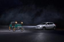 Lighting Technology for Everyone: Opel Astra Turns Night into Day