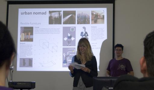 Hier hat die Zukunft schon begonnen: Die Design-Studierenden Maren Rittmeister und Christoph Organistka präsentieren ihre Vision 2020.