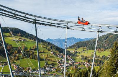 Der Drachenflitzer, die modernste und sicherste Sommerrodelbahn auch Alpine Coaster genannt