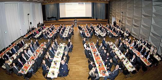 156 Deutschlandstipendien und 4 Tango-Tanzende: Schwungvolle Verleihungsfeier an der Hochschule Osnabrück