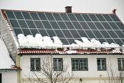 Guter Vorsatz: Dem nächsten Winter mit Energieeinsparungen durch die Nutzung der Sonnenkraft trotzen.