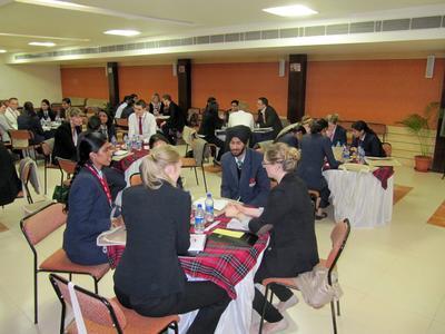 Interkulturelle Zusammenarbeit zwischen deutschen und indischen Studierenden an der Chitkara Universität