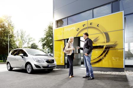 Für Meriva und Co.: Opel FlexCare bietet Neu- und Vorführwagenkunden eine Anschlussgarantie ohne Zuzahlung sowie einen europaweiten Mobilservice © GM Company