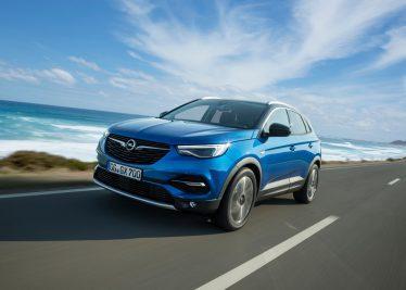 Bereit, den Markt aufzumischen: Das athletisch-elegante SUV Opel Grandland X hat auf der Frankfurter IAA Weltpremiere