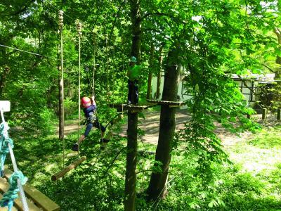 Saison-Eröffnung: Kletterspaß im Hochseilgarten für 9- bis 14-Jährige