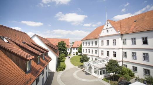 Schlossklinik und Federseeklinik in Bad Buchau stellen sich der Bewertung von Qualitätskliniken.de