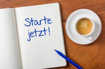 Mehr Geld für Azubis: Jetzt Einkommensabsicherung starten / Foto: Zerbor/Shotshop/uniVersa