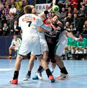 HC Erlangen -  Nico Büdel war mit fünf Toren sehr aktiv dabei (Foto: HJKrieg, Erlangen)
