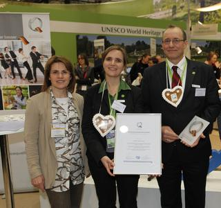 (von links nach rechts): Claudia Gilles, Hauptgeschäftsführerin des Deutschen Tourismusverbandes e.V., Eva Fischer, Marketing und Vertrieb der Biosphäre Potsdam und Eckhard Schaaf, Geschäftsführer der Biosphäre Potsdam GmbH