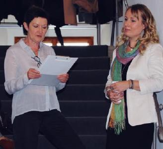 V.l.: Laudatorin Doris Weilandt mit Susen Reuter | Foto © Susen Reuter