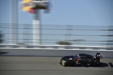 BMW M8 GTE, BMW Team RLL