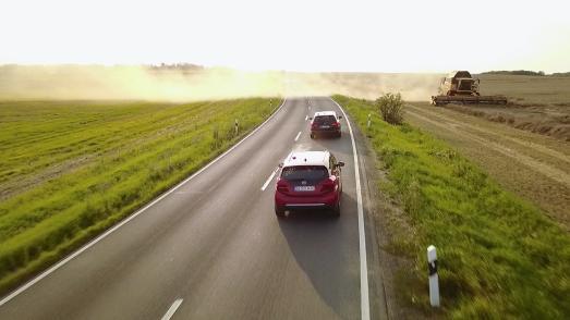 Langstrecken-Held: Die Journalisten des VOX-Automagazins auto mobil fuhren den Opel Ampera-e mit nur einer Batterieladung von Görlitz bis kurz vor Aachen – exakt 754,9 Kilometer