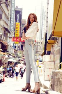 Model Sandra Hunke in Hongkong  (c) Tanja Tremel for Mime et moi