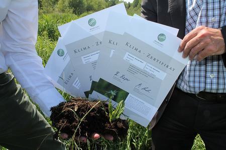 Mit 5.125 Euro aus der aktuellen Mittelvergabe unterstützt der Klimafonds der Bremer Umweltpartnerschaft die Wiedervernässung von Mooren in der Region