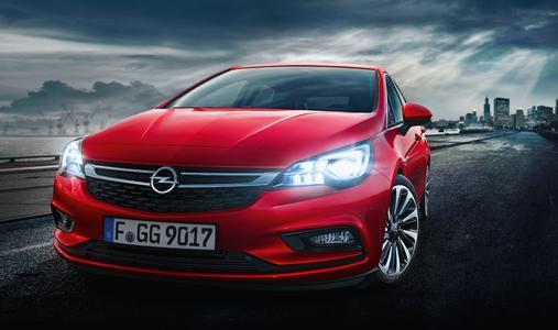 Können diese Augen lügen? Neuer Opel Astra mit innovativer Lichttechnik IntelliLux LED®-Matrix für mehr Sicherheit in dunklen Winternächten