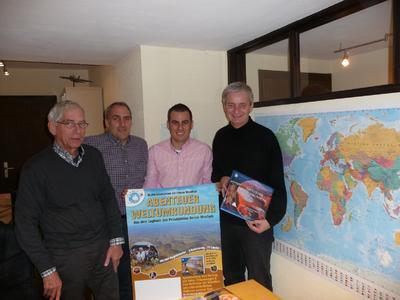 Über die neue Partnerschaft für FLY & HELP freuen sich (v.l.n.r.): Ralph Herberholz, Frank Hartmann, Florian Hartmann und Reiner Meutsch.
