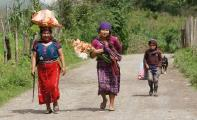 Im entlegenen Hinterland Guatemalas ist der Schulbesuch nicht selbstverständlich. Die GKS kämpft hier seit 1994 gegen das hohe Analphabetentum.