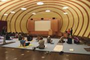 Rückentraining und Yoga für die Mitarbeiter wurde am Aktionstag von WeberHaus angeboten