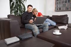 Festnetz- und DSL-Anbieterwechsel: Entspannt surfen ohne unliebsame Überraschungen (Foto: Vodafone)