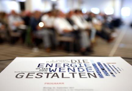 """Mehr als 200 Architekten und Planer diskutierten unter dem Motto """"Energiewende gestalten"""" beim 9. Stiebel-Eltron-Dialog zur Evolution der Architektur in der Elbphilharmonie Hamburg"""
