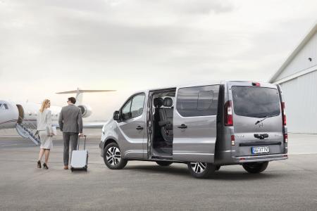 Opel-Jahresrückblick 2017: Fürs Geschäftliche: Der Opel Vivaro Tourer