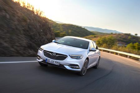 Verkaufsstart für den neuen Opel Insignia / Mehr Auto fürs Geld: Der komplett neue Opel Insignia Grand Sport überzeugt mit einem erstklassigen Preis-Leistungsverhältnis