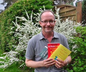 """Heute verlosen wir das Buch """"Steter Tropfen fängt den Wurm"""" von Robert Niemann im Doppelpack."""