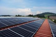 """Photovoltaik – Strategien und Initiativen, Vortrag von Dr. Andreas Horn, Anton Hilger, Katharina Habersbrunner: """"Klimanotstand München"""""""