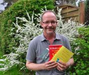 """Heute verlosen wir das Buch """"Steter Tropfen fängt den Wurm"""" von Robert Niemann im Doppelpack"""