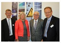 Vereinbarung über Zusammenarbeit (v.l.n.r.): Lars Brockhoff, Kristina Hermanson, John-Olof Hermanson und Klaus Bosch