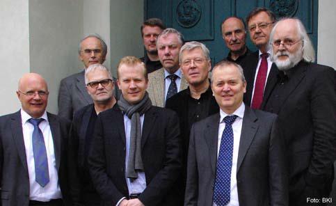 Zufriedene Gesichter bei der BKI-Gesellschafter-versammlung Ende April 2012 in Hannover: Vertreter der BKI Gesellschafter und Geschäftsführung