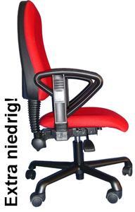 Bürostuhl für Erzieherinnen mit einer Sitzhöhe von nur 32 cm