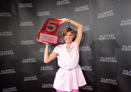 """Finale Furioso beim FILMFEST MÜNCHEN 2012: Publikumspreis """"TELE 5 Award"""" für 'Staub auf unseren Herzen'"""