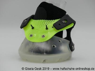 Gisela Gesk   Der Floating Boot in Transparent Gelb.