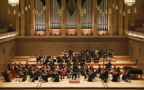 Orchester Neue Philharmonie München (SPIESZDESIGN)