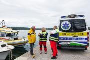 Wolfgang Dauser (SeaHelp), Frau Dr. Astrid Preininger und Thomas Keusch (beide Kirt) bei einer ausführlichen Besprechung in Punat (Krk/Kroatien) hinsichtlich der Planung des neuen Dienstes, den der SeaHelp-Kooperationspartner anbietet