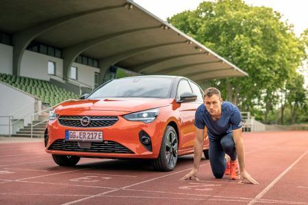 Decathlon World Champion Niklas Kaul Drives Opel