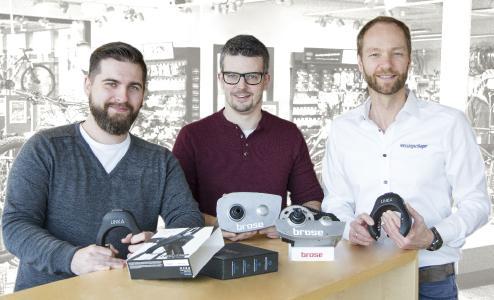 v.l.n.r.: Björn Brüggemann (Projektmanager), Kai Schultz (Abteilungsleiter E-Mobility, Bike Sharing und OEM Services), Dennis Schömburg (Managing Director Messingschlager GmbH & Co. KG)