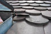 An kritischen Stellen und durch frühere Einbaufehler sind Dachschäden vorprogrammiert, wenn sie unentdeckt bleiben. Der DachCheck kann hier vorbeugen
