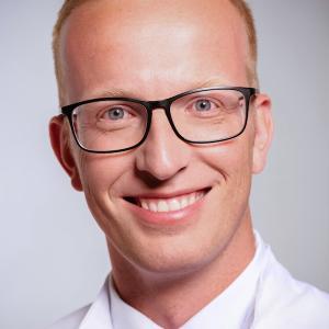 Dr. Nico Reinsch