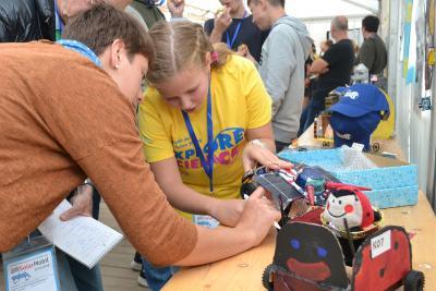 Deutsche Meisterschaft im solaren Modellrennsport in Bremen