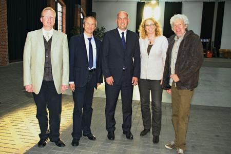 Das neue Leitungsgremium am Campus Lingen (v.l.): Professor Michael Ryba, Professor Wolfgang Arens-Fischer, Professor Frank Blümel, Professorin Dagmar Schütte und Professor Bernd Ruping