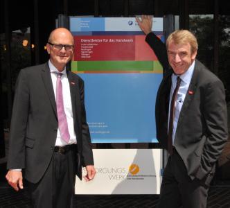 Hauptgeschäfsführer Dr. Joachim Eisert (links) und Präsident Harald Herrmann