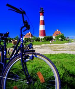 Radreise-Reporter für die Nordsee gesucht (Foto: Westerhever Leuchtturm / NTS)