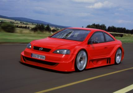 Supersportwagen-Studie: Der Opel Astra OPC X-Treme / Foto: Adam Opel AG