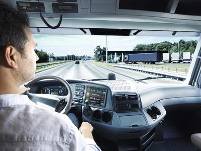 Innovative Produkte und Technologien von Continental machen Nutzfahrzeuge sparsamer, intelligenter und damit vor allem wirtschaftlicher