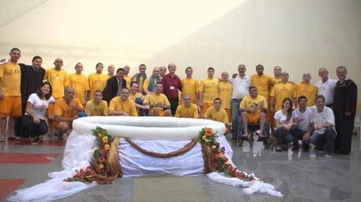 Taufzeremonie im Gefängnis Itajaí Correctional Facility / © Foto: South American Division News/SDA Church