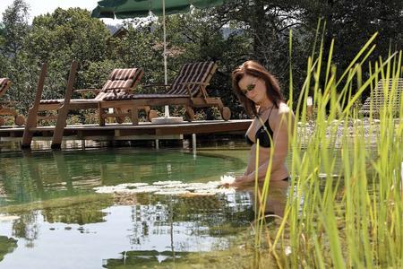 Bad im Naturbadesee