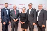 Alle Preisträger der AMSEL-Stiftungspreise 2017 (v.l.n.r.): Prof. Dr. med. Peter Flachenecker, Dr. Michael Alt, Karin Gaus-Reichelt, Uwe Rademacher und Dr. Marko Reschke
