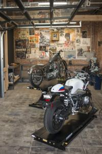 "BMW Motorrad meets ""The House of Machines"""